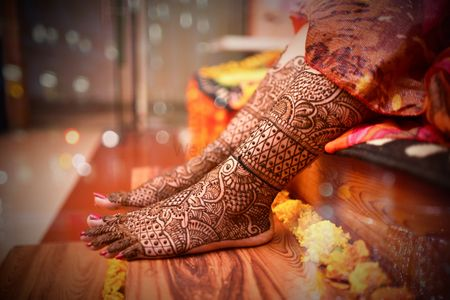 If you are going to be a bride, then take the latest ideas from Foot Mehndi - MyLargeBox